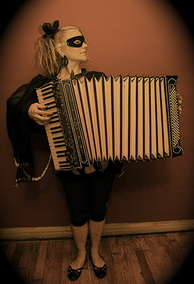 sparrow accordion out